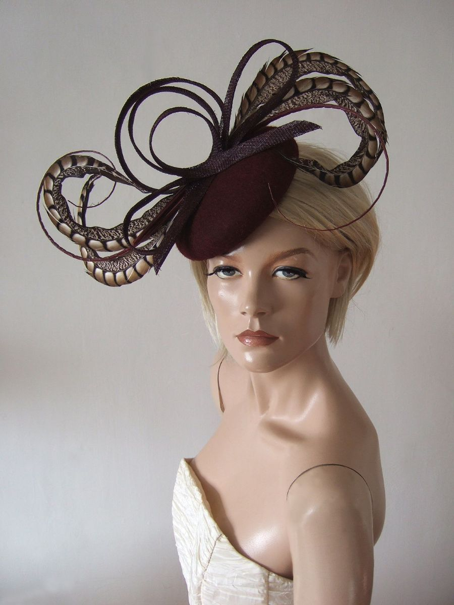 "Burgundy Felt Fascinator Hat Headpiece ""Beth"" for Winter Mother of the Bride outfits, Winter Wedding Guest Hats, What to wear to a Winter Wedding. Burgundy Fascinator. Felt Hats."